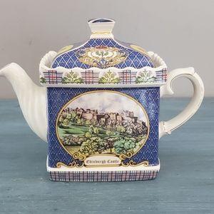 Vintage Sadler Edinburgh Tea Pot